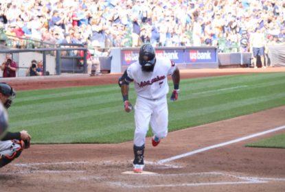 Brewers batem Orioles com dois HRs de Thames - The Playoffs