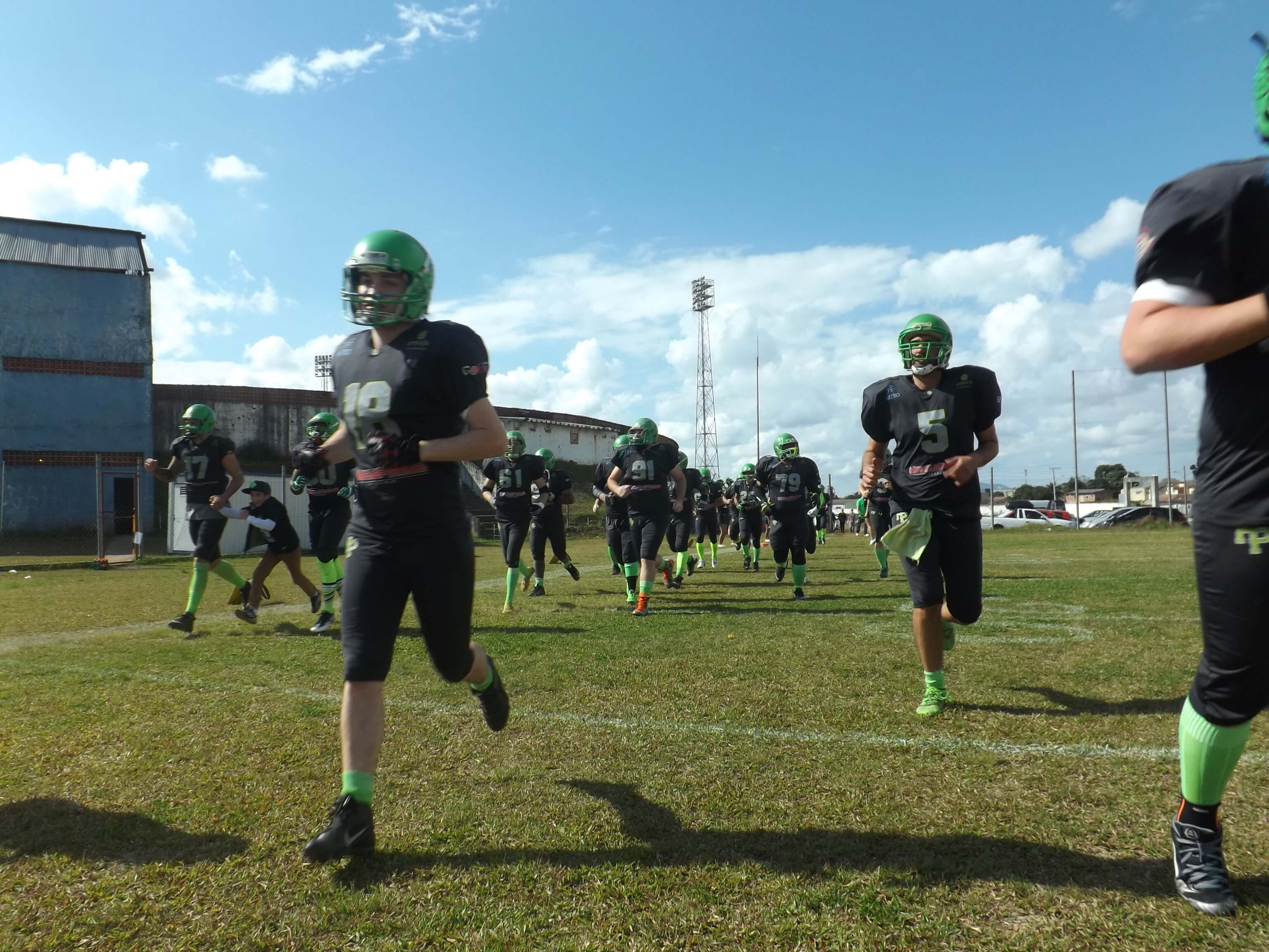 Parana HP vence Brown Spiders
