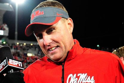 Hugh Freeze, técnico de Ole Miss, pede demissão do cargo após polêmica - The Playoffs