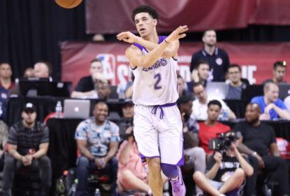 Lonzo Ball assume protagonismo e Los Angeles Lakers bate Philadelphia 76ers - The Playoffs