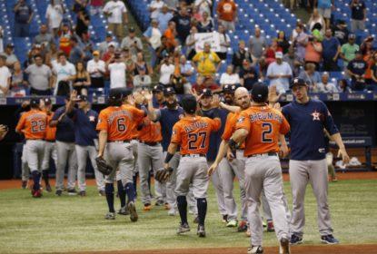 Astros batem Rangers com home run de Jose Altuve - The Playoffs