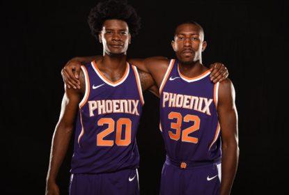 Novato do Phoenix Suns, Davon Reed machuca joelho e para por até seis meses - The Playoffs