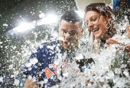 Houston Astros sai de buraco e vence o Toronto Blue Jays por walk-off - The Playoffs