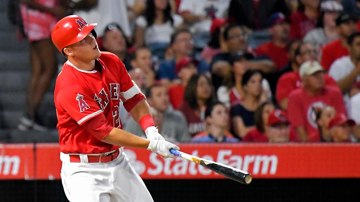 Mike Trout chega a 20 HRs e Angels atropelam Phillies