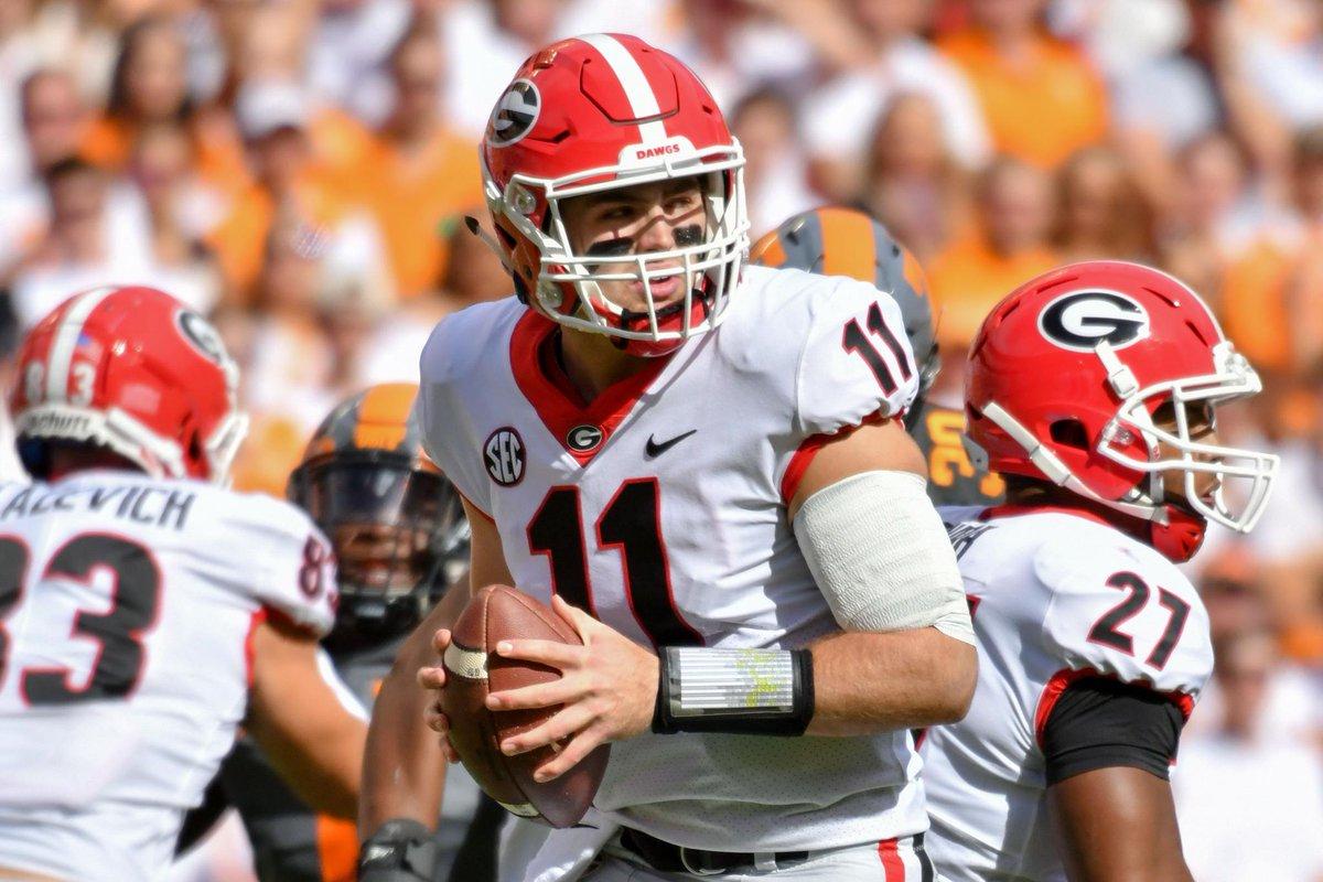 Jake Fromm correu para dois TDs na vitória de Georgia sobre Tennessee