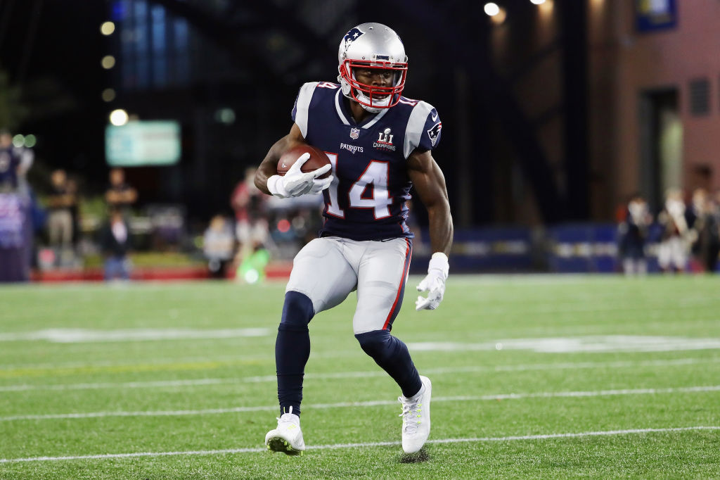 FOXBORO, MA - SEPTEMBER 07: Brandin Cooks #14 of the New England Patriots runs with the ball during the first half against the Kansas City Chiefs at Gillette Stadium on September 7, 2017 in Foxboro, Massachusetts.