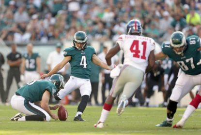 Jake Elliott, rookie kicker, bateu field goal de 61 jardas para dar vitória aos Eagles sobre os Giants na Semana 3 da NFL 2017.