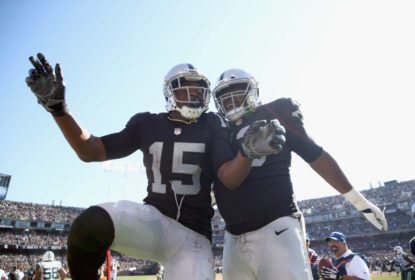 Carr brilha, Raiders vencem Jets e mantêm invencibilidade - The Playoffs