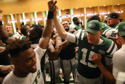 Jets dominam partida e surpreendem Dolphins em casa - The Playoffs