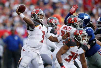 Tampa Bay Buccaneers sofre, mas vence New York Giants em casa - The Playoffs