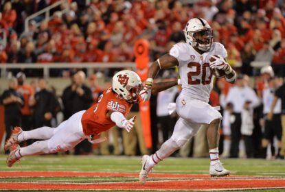 Love passeia em campo e Stanford consegue upset - The Playoffs