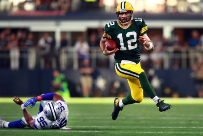 Aaron Rodgers lança bolas fundas em pré-jogo contra Pittsburgh Steelers - The Playoffs