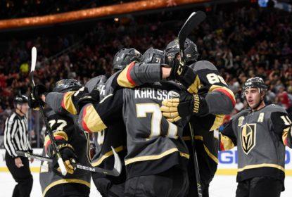 Golden Knights superam Blackhawks e alcançam 4ª vitória seguida - The Playoffs