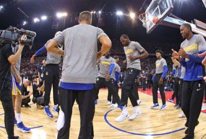Com ótima atuação de Curry, Warriors massacram Timberwolves na China - The Playoffs