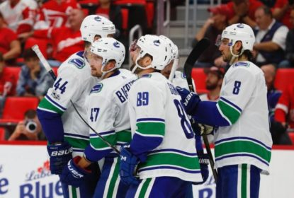 Com autoridade, Vancouver Canucks vence Detroit Red Wings - The Playoffs