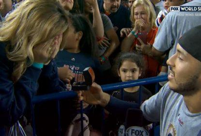 Minutos depois de conquistar a World Series, Carlos Correa pede namorada em casamento - The Playoffs