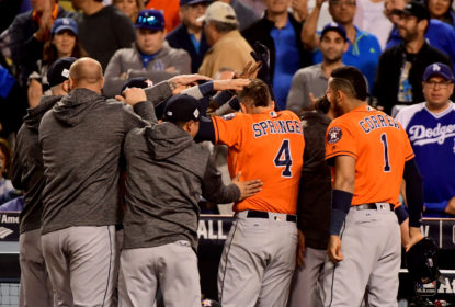 Houston Astros bate Los Angeles Dodgers e leva a World Series 2017 - The Playoffs