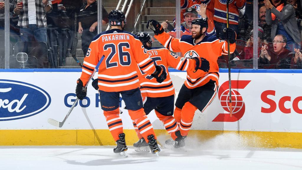 Nugent-Hopkins garante triunfo dos Oilers contra Coyotes