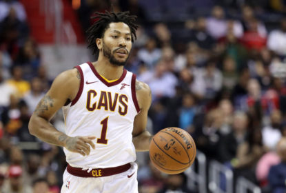 WASHINGTON, DC - NOVEMBER 3: Derrick Rose #1 of the Cleveland Cavaliers dribbles the ball against the Washington Wizards at Capital One Arena on November 3, 2017 in Washington, DC