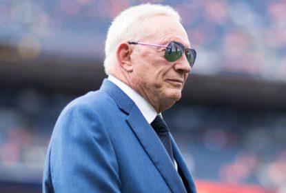 """Jerry Jones diz que duelo entre Cowboys e Buccaneers será """"Davi contra Golias"""" - The Playoffs"""