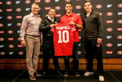Shanahan defende contrato de Garoppolo: 'É quanto custam' quarterbacks - The Playoffs