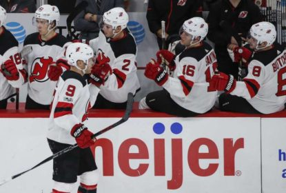 De virada, New Jersey Devils derrota Chicago Blackhawks - The Playoffs