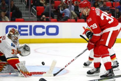 Detroit Red Wings goleia Calgary Flames por 8 a 2 - The Playoffs