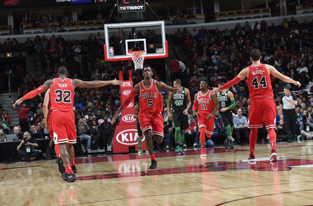 Pior time da temporada, Chicago Bulls surpreende e derrota Boston Celtics - The Playoffs