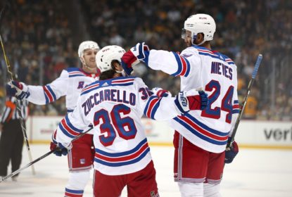 Ondrej Pavelec tem noite de gala e Rangers vencem Penguins - The Playoffs