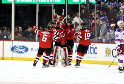 """Na chamada """"batalha do rio Hudson"""", Devils vencem Rangers - The Playoffs"""