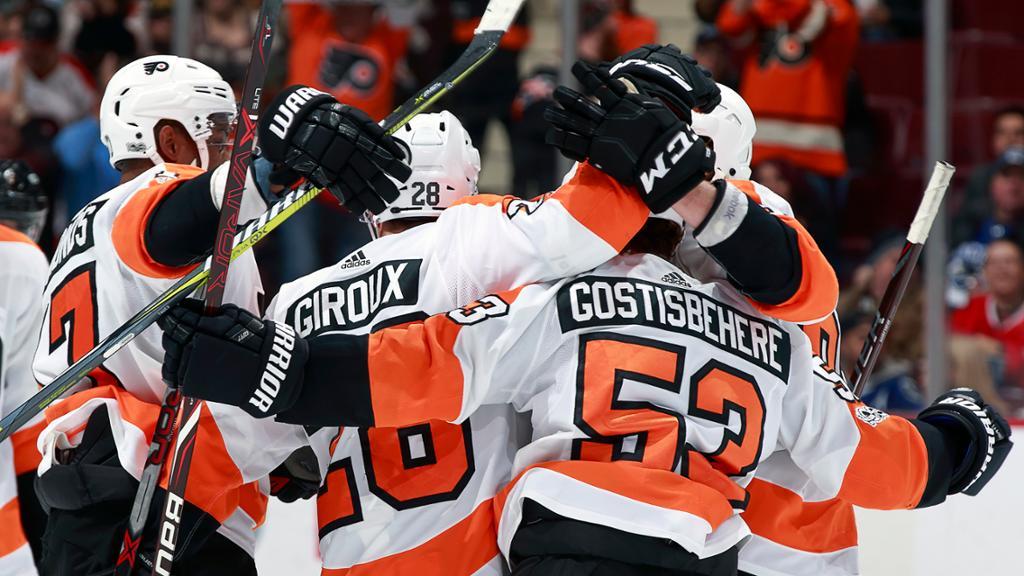 Gostisbehere e Giroux impulsionam vitória dos Flyers contra Canucks