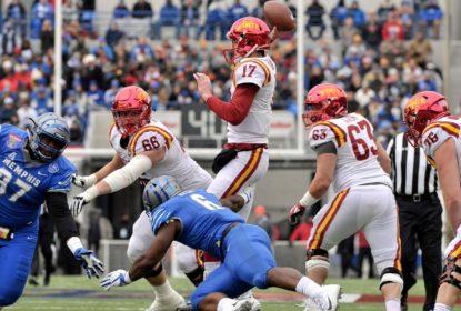 Mississippi State vence TaxSlayer Bowl, e Iowa State o Liberty Bowl - The Playoffs