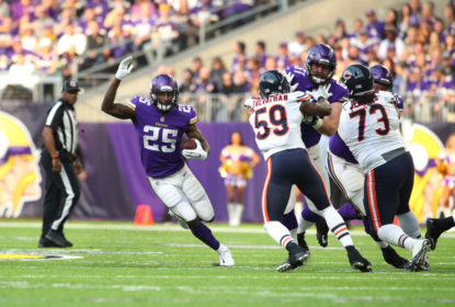 MINNEAPOLIS, MN - DECEMBER 31: Latavius Murray #25 of the Minnesota Vikings carries the ball in the first half of the game against the Chicago Bears on December 31, 2017 at U.S. Bank Stadium in Minneapolis, Minnesota.