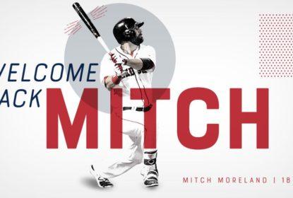 Boston Red Sox renova contrato com Mitch Moreland - The Playoffs