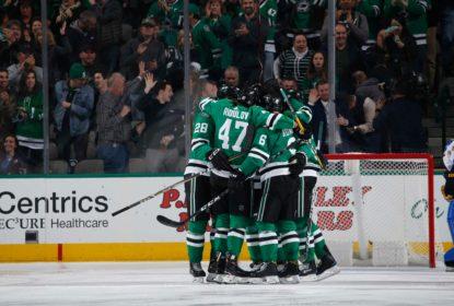 Com dois gols de Radulov no fim, Stars vencem confronto direto com Blues - The Playoffs