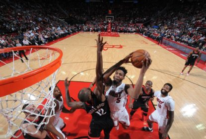 Houston Rockets derrota Miami Heat e segue perseguindo a liderança do Oeste - The Playoffs