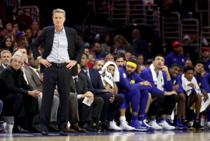 Kerr pretende jogar com Curry, Thompson e Russell entre os titulares dos Warriors - The Playoffs