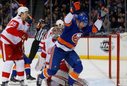Com uma virada impressionante, Islanders vencem Red Wings - The Playoffs