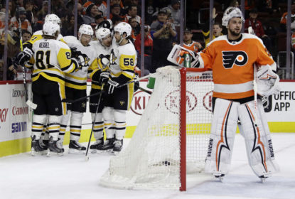 Pittsburgh Penguins vence Philadelphia Flyers e lidera a divisão Metropolitana - The Playoffs