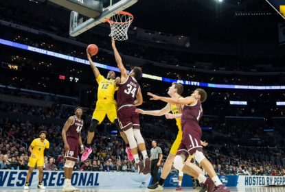 Numa aula de basquete, Michigan atropela Texas A&M - The Playoffs