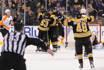 Brad Marchand marca nos segundos finais e Bruins vencem Flyers - The Playoffs