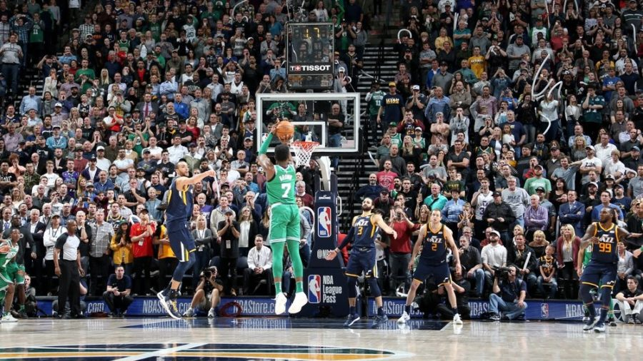 Jaylen Brown decide para os Celtics