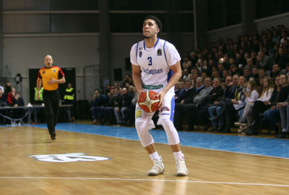 Integrante do Hall da Fama se oferece para treinar LiAngelo Ball para a NFL - The Playoffs