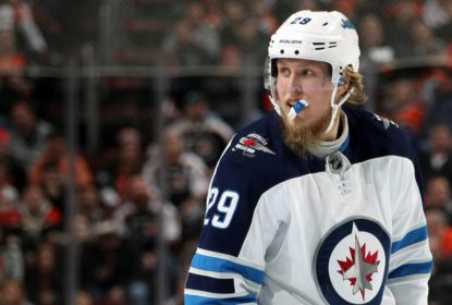 Com contusão no pé esquerdo, Laine é desfalque no Winnipeg Jets - The Playoffs