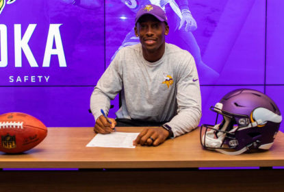 Minnesota Vikings assina contrato com safety George Iloka - The Playoffs