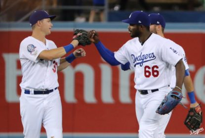 Dodgers anotam 21 corridas e atropelam Brewers em Los Angeles - The Playoffs