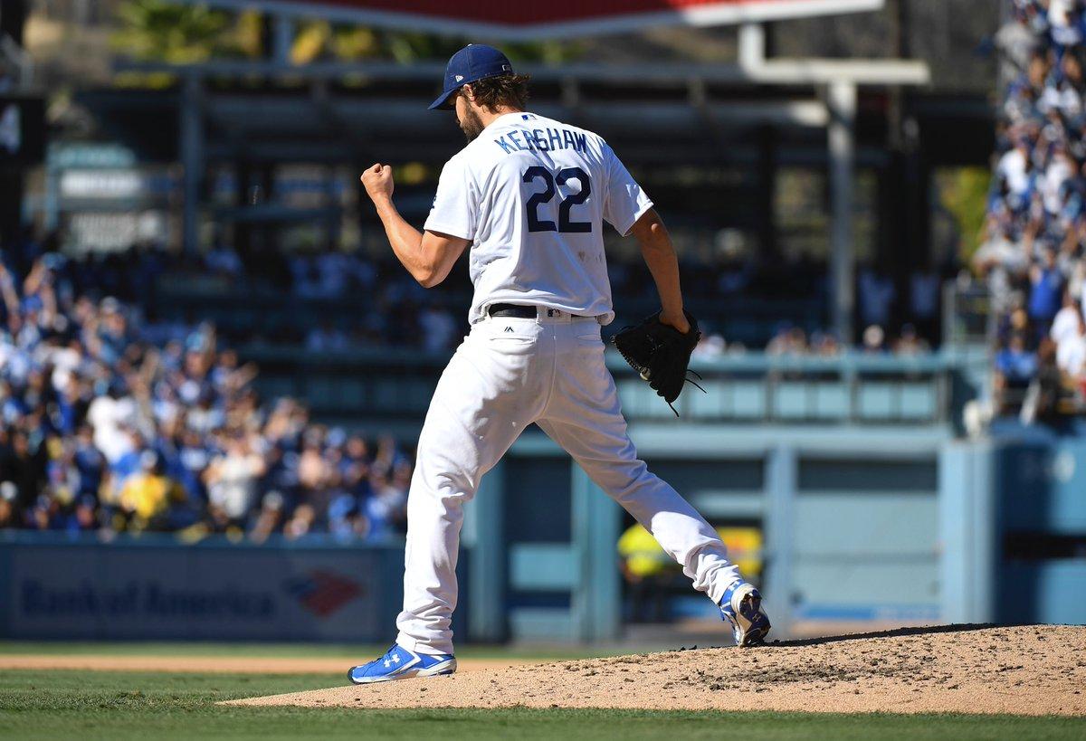 Clayton Kershaw brilha e Dodgers vencem Brewers por 5 a 2