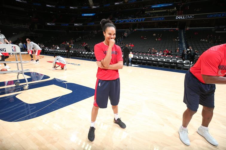 Estrela da WNBA, Kristi Toliver será assistente técnica no Washington Wizards