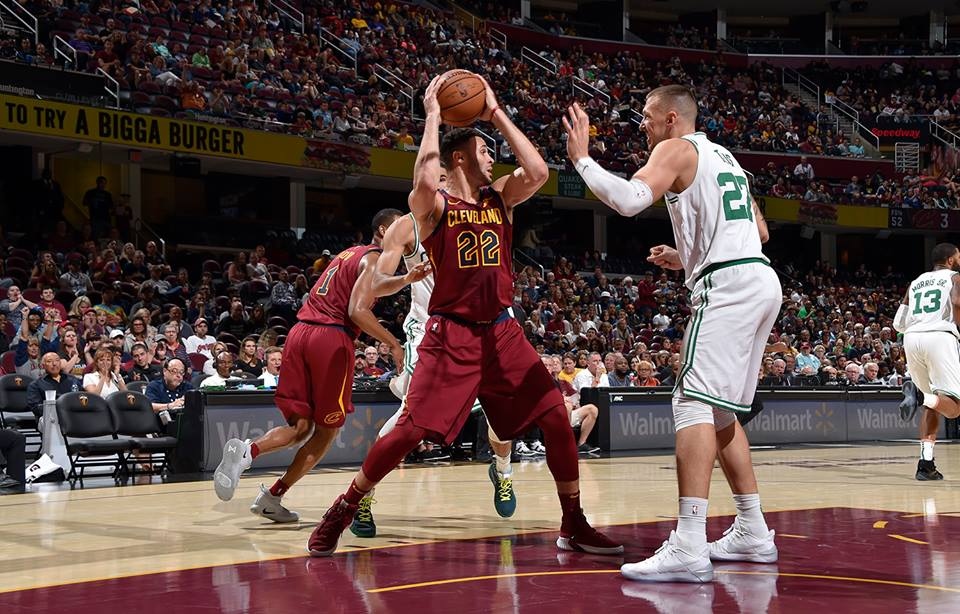 Cleveland Cavaliers renova com Larry Nance Jr por mais quatro temporadas - The Playoffs