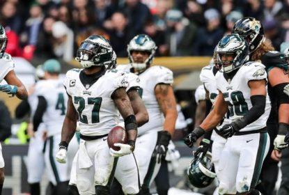 Philadelphia Eagles supera início ruim do ataque e vence Jacksonville Jaguars em Londres - The Playoffs